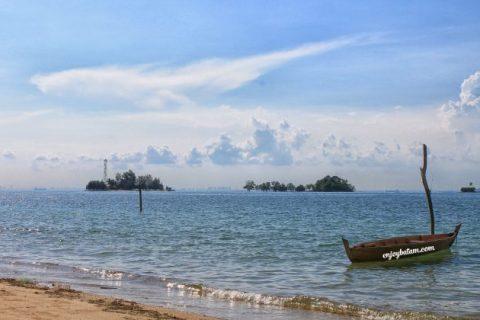 Pantai Nongsa Batam dan Pulau Putri