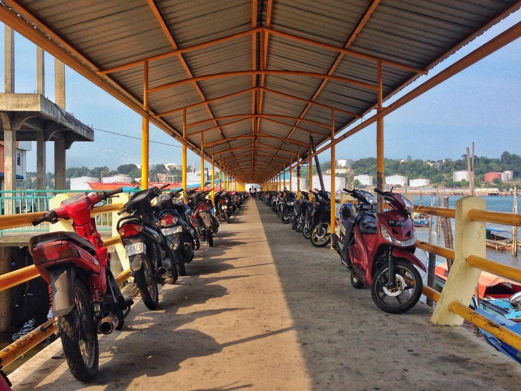 Pelabuhan Kuning, Belakang Padang
