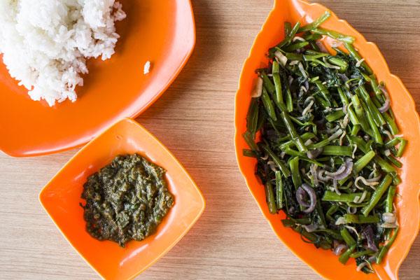 Kangkung Belacan plus sambal ala Restoran Seafood Air Masin