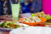 Makan-Seafood-di-Kelong-Arjam-Seafood-Tiban-Mentarau-174x116.jpg
